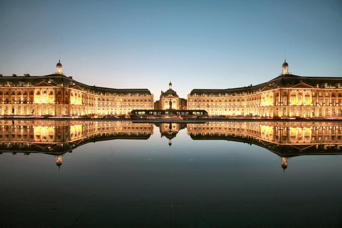 Bordeaux Region City Guide ➤ Discover the season's best travels and the best city guides for your holidays. Visit us at http://www.bestdesignguides.com/ #cityguide #travelguides #hotels #restaurants #design @bestdesignguide city guide Bordeaux Region City Guide Bordeaux Region Travel Guide 14 1