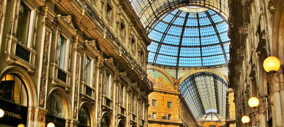 """Milan is the city synonymous of fashion. For the ones that are looking for a place to stay, eat and shop while visit this amazing city, here are the best guide tips to have an unforgettable journey in Milan city.""  Milan City Guide Milan City Guide10"