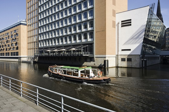 """""""Looking for a 5 star hotel in Hamburg? Then here you have -- a selection of the best 5 luxury hotels in Hamburg, Germany.""""  TOP 5 Luxury Hotels in Hamburg Best Design Guides TOP 5 Hotels Hamburg Sofitel Alter Wall 01"""