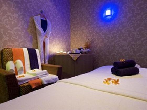 SPA  Luxury hotels in Dubai: Time Grand Plaza Hotel  SPA