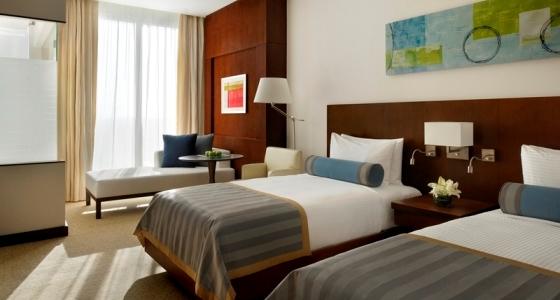 Radisson Royal Hotel Dubai, For Superior Style a 5929 tn 010711 Radisson Royal Hotel Dubai Classic Room