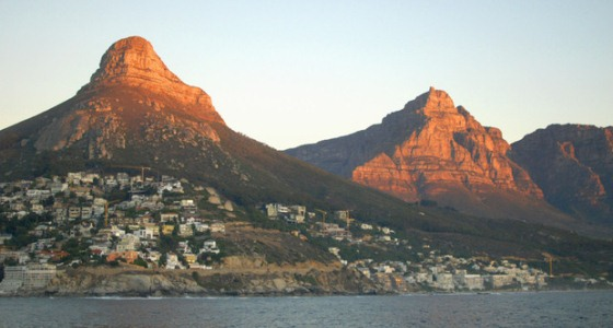 Lion's Head Mountain – Bird's eye view of Cape Town  full width cape town lions head 2