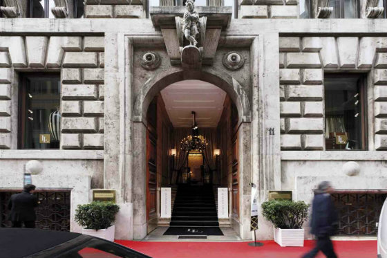 Best Design Guides Milan-Fall-shopping-guide-into-Milan-5-furniture-and-lighting-stores-Fendi-Casa design guides Best Design Guides   Milan Best Design Guides Milan Fall shopping guide into Milan 5 furniture and lighting stores Fendi Casa