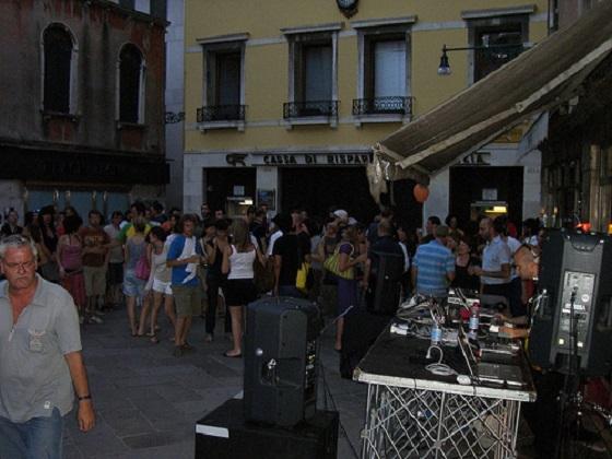 """Best Design Guides Venice - Venezia Suona""  Best Design Guides   Venice Best Design Guides Venice Venezia Suona"