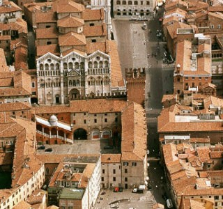 best-design-guides-Visit-Ferrara-a-Gorgeous-Town-in-Northern-Italy-underrated-cities-in-central-italy-you-have-to-visit-Ferrara