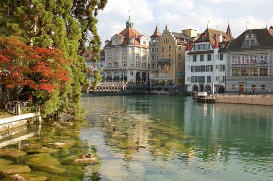 best-design-guides-Top-Design-Shops-in-Luzern-Luzern_old_part_of_town
