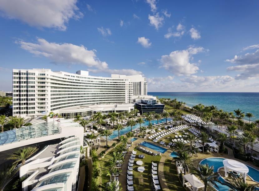Best-design-guides-fontainebleau-hotel-miami-1  Fontainebleau hotel – the best holiday experience in Miami beach Best design guides fontainebleau hotel miami 1 e1435078814727