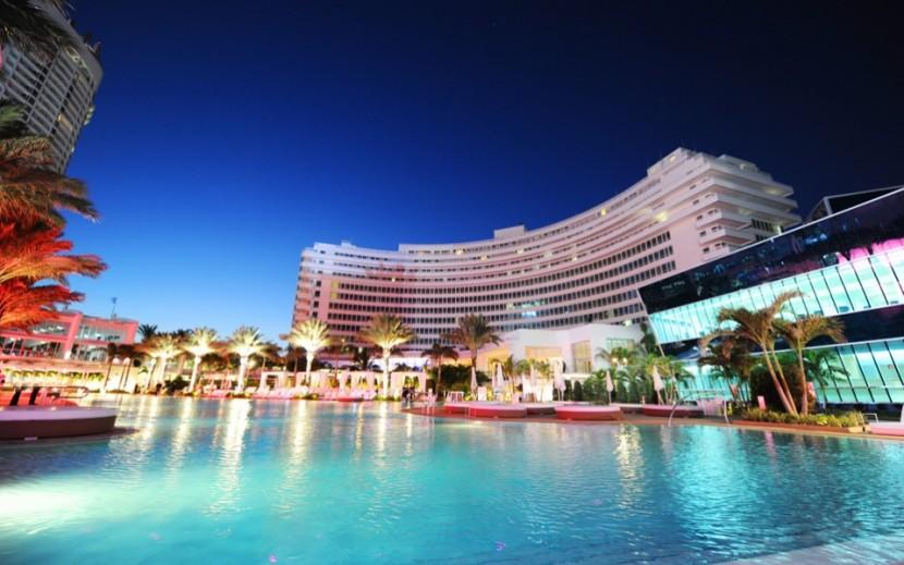 Best-design-guides-fontainebleau-hotel-miami  Fontainebleau hotel – the best holiday experience in Miami beach Best design guides fontainebleau hotel miami e1435078067243