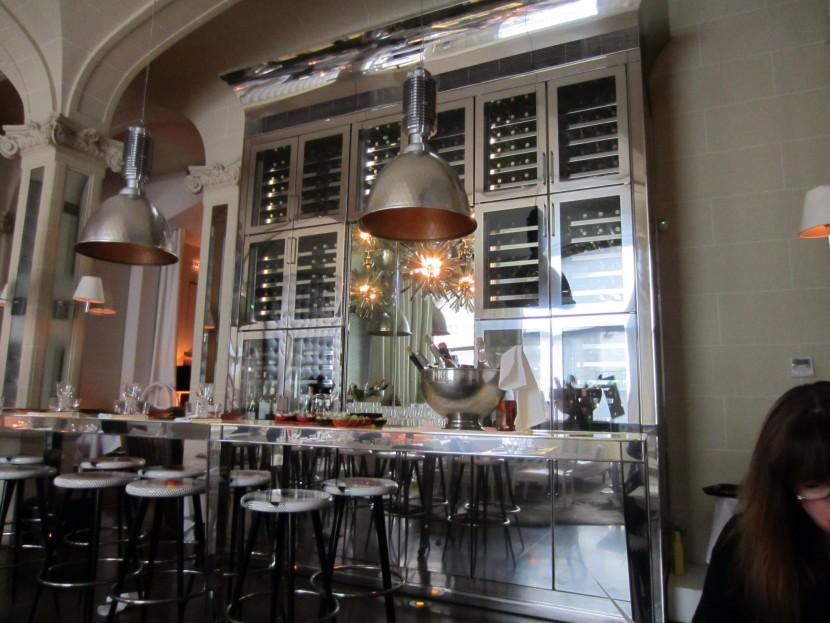 Best-design-guides-must-do-in-paris-for-a-design-fan-restaurant-bon1  Must-do in Paris if you are a design fan Best design guides must do in paris for a design fan restaurant bon1 e1435068230696