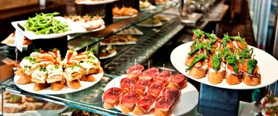best-design-guides-must-do-things-in-barselona-pintxobest-design-guides-must-do-things-in-barselona-pintxo