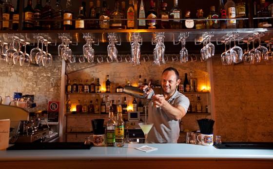 best-design-guides-8-best-hidden-bars-in-sydney-grandmas-bar