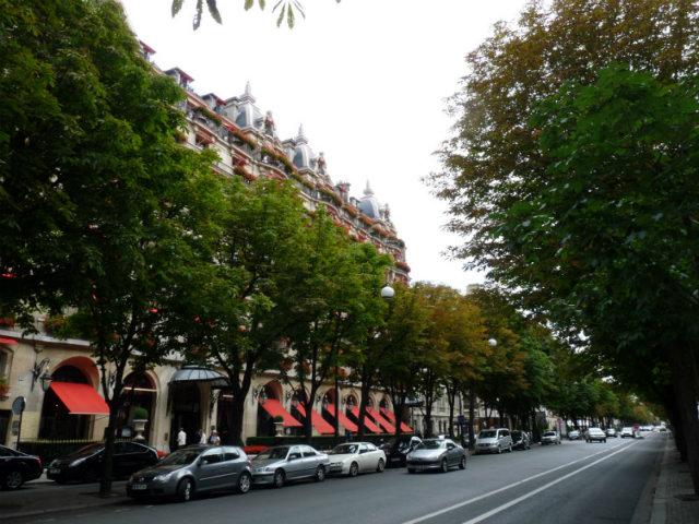 best-design-guides-What-is-on-agenda-in-Paris-Paris_avenue_montaigne  What is on agenda in Paris? best design guides What is on agenda in Paris Paris avenue montaigne