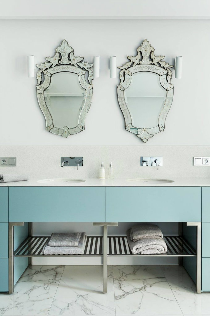 astonishing modern apartment modern apartment Delight Yourself With this Astonishing Modern Apartment in Paris CzxGVdBUQAA2ST4