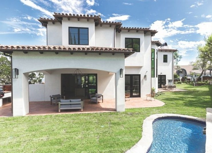 Step Inside Serena Williams's New Mansion in Beverly Hills > Best Design Guides > The latest news and trends in the design world > #serenawilliamsnewmansion #celbrityhomes #bestdesignguides