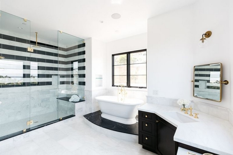 Step Inside Serena Williams's New Mansion in Beverly Hills > Best Design Guides > The latest news and trends in the design world > #serenawilliamsnewmansion #celbrityhomes #bestdesignguides serena williams's new mansion Step Inside Serena Williams's New Mansion in Beverly Hills Step Inside Serena Williamss New Mansion in Beverly Hills 8