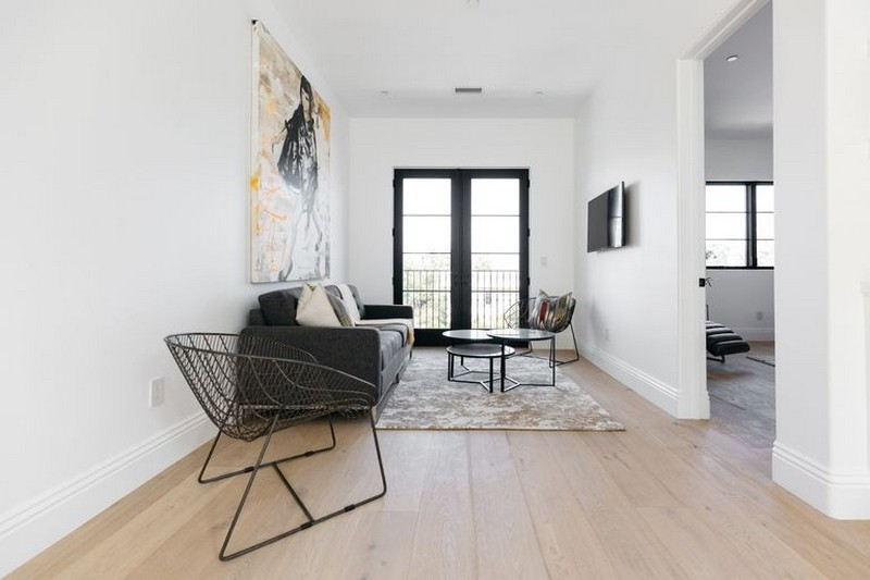 Step Inside Serena Williams's New Mansion in Beverly Hills > Best Design Guides > The latest news and trends in the design world > #serenawilliamsnewmansion #celbrityhomes #bestdesignguides serena williams's new mansion Step Inside Serena Williams's New Mansion in Beverly Hills Step Inside Serena Williamss New Mansion in Beverly Hills 9