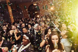 Best Design Guides Gives You the Best New Year's Eve 2017 Parties!