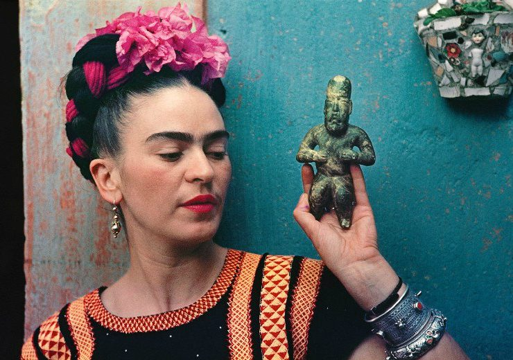 "frida kahlo You Can't Miss the ""Frida Kahlo: Making Herself Up"" Exhibition At V&A FEAT 740x520"