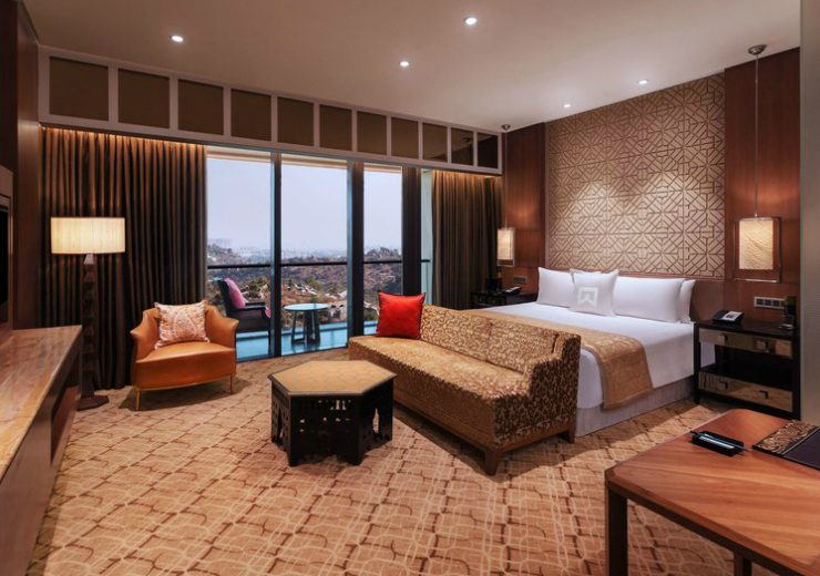 luxurious and eco-friendly hotels Discover ITC: India's Most Luxurious and Eco-Friendly Hotels feat 4 740x520