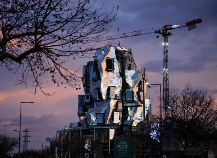 Luma Arles Tower: Frank Ghery's New Project Is Taking Shape In France Frank Gehry Luma Arles Tower: Frank Gehry's New Project Is Taking Shape In France Frank Gherys New Luma Arles Tower Is Taking Shape in France 6 740x540