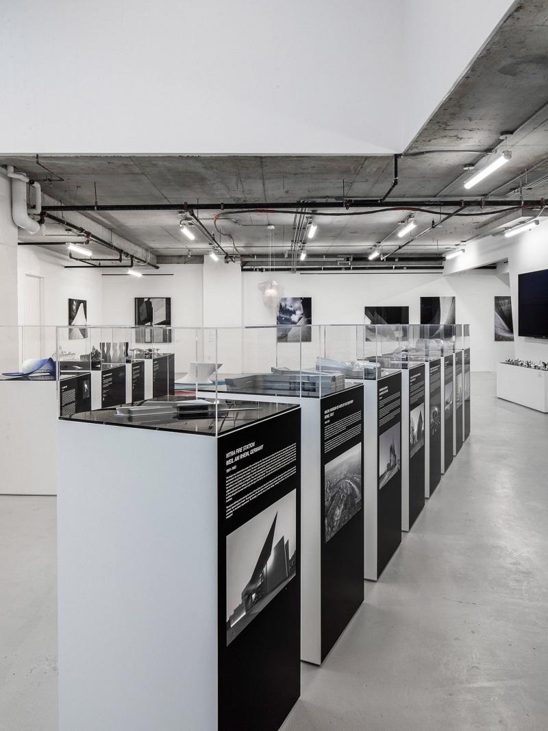 Inside The NYC Pop-Up Gallery By Zaha Hadid Architects