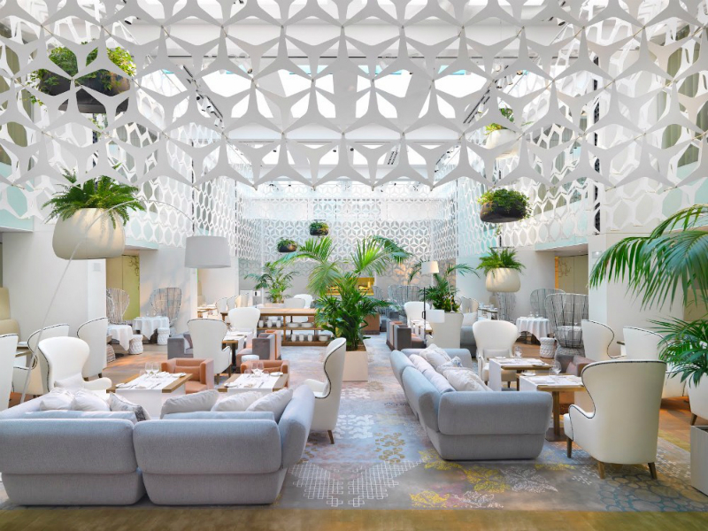 luxury hotel Discover The Top 10 Best Luxury Hotel Lobby Designs Discover The Top 10 Best Luxury Hotel Lobby Designs 8