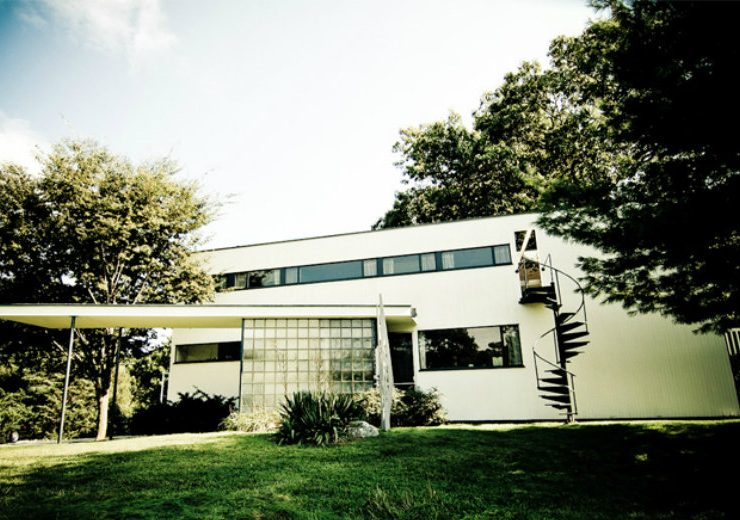 Mid-Century Modern See 10 Mid-Century Modern Homes By Famous Architects feat 2 740x520