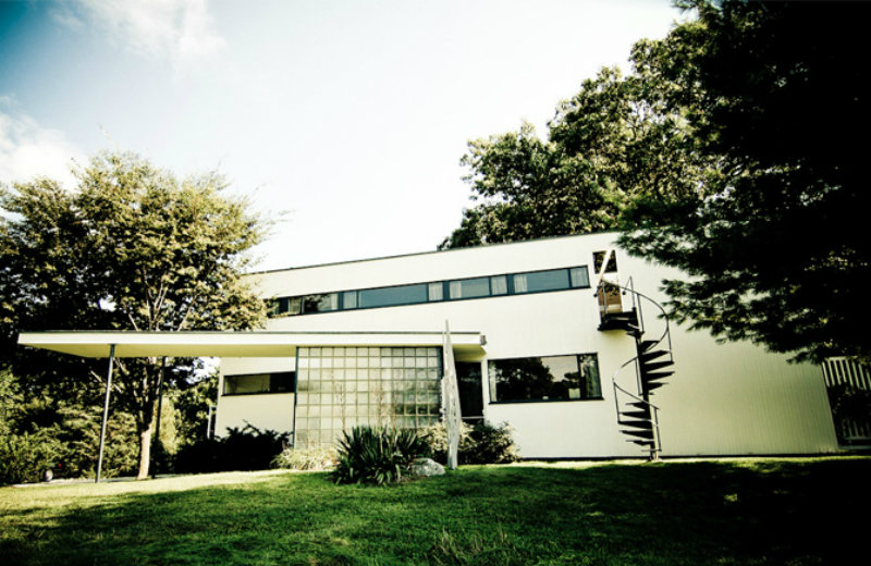 Mid-Century Modern See 10 Mid-Century Modern Homes By Famous Architects feat 2