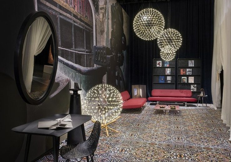 Design Showrooms You Must Visit During Milan Design Week 2019 design showrooms Design Showrooms You Must Visit During Milan Design Week 2019 Design Showrooms You Must Visit During Milan Design Week 2019 1 740x520