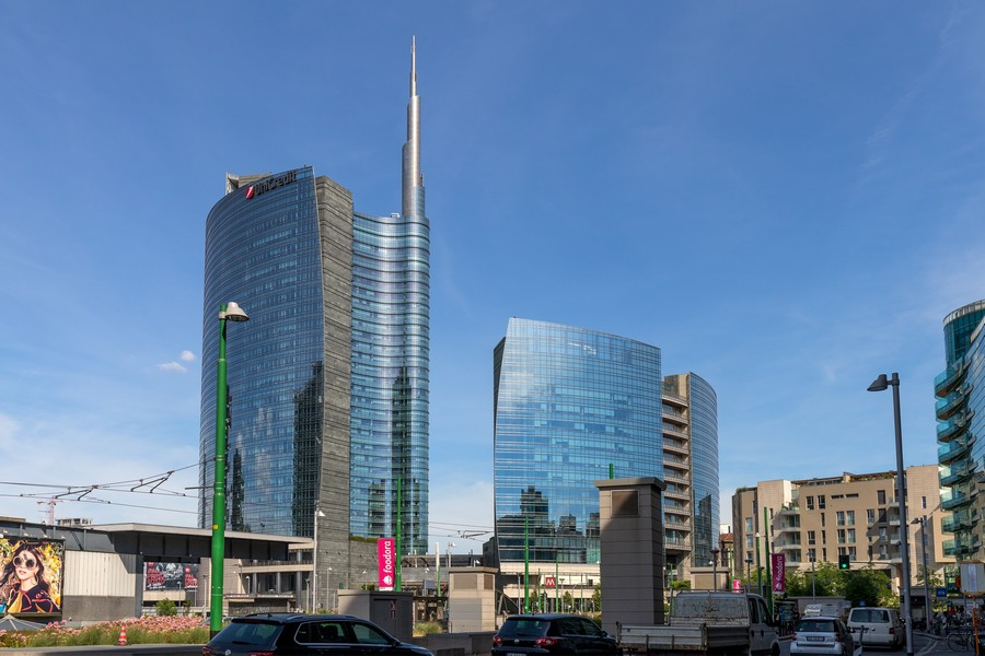 Best Design Guide of Milan best design guide of milan Best Design Guide of Milan Futuristic District – Porta Nuova Unicredit Tower 2732665